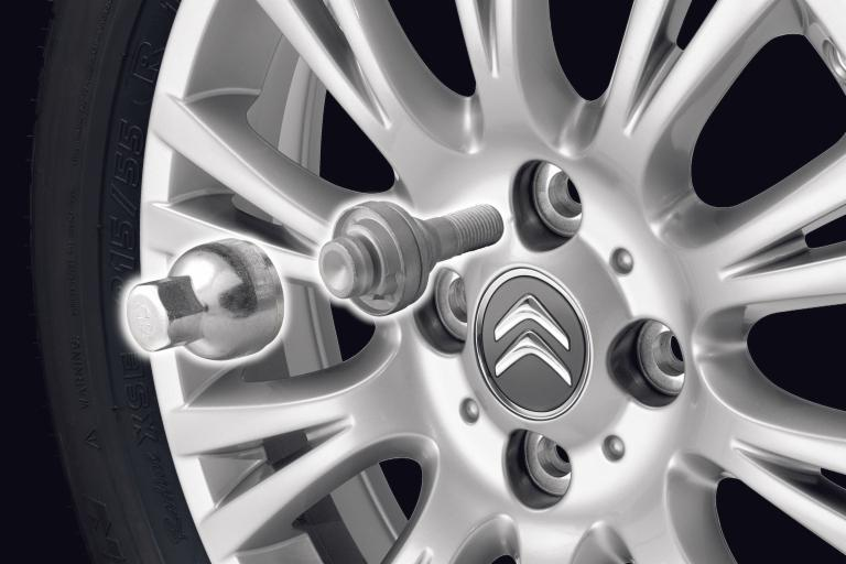 ANTI-THEFT BOLTS FOR ALLOY WHEELS