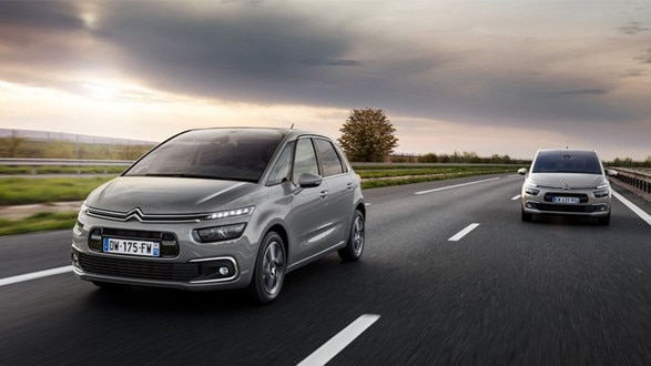 Citroen-C4-SpaceTourer-Driving-Dynamic