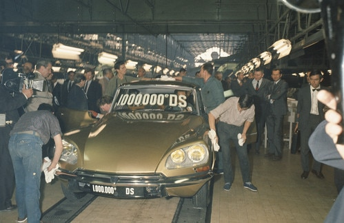 Gold Citroën DS