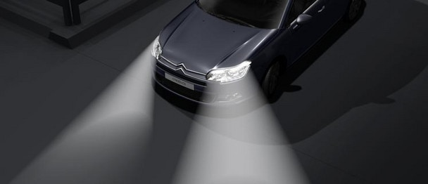 Citroën C5 Saloon - Dual-function Xenon lights