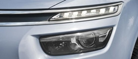 747x322_citroen-grand-c4-picasso-signature-lumineuse-avant