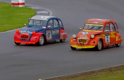 2CV 24 hour race Anglesey 2015
