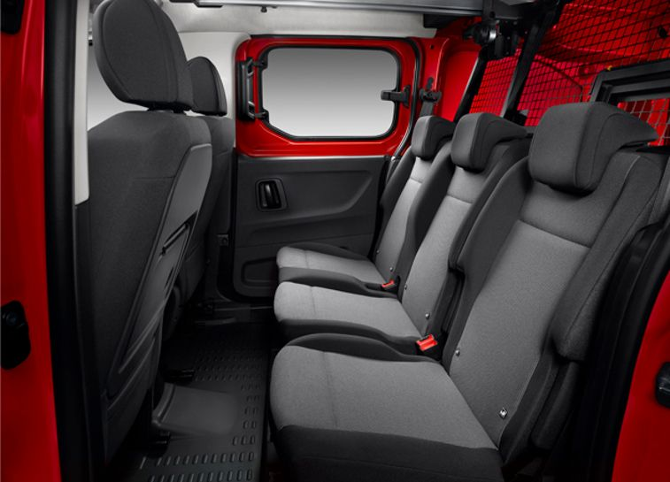 Berlingo_Inside