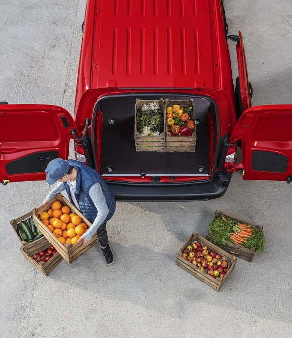 Rear-Opening-Doors-New-Citroen-Berlingo-Van