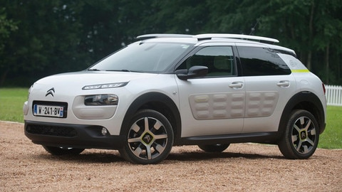 Citroën redefines comfort with its new progressive hydraulic cushion suspension technology
