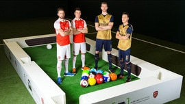 757x426_arsenal_players_airbumps_footpool