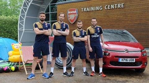Citroën and Arsenal FC team up to tackle 'packing rage'